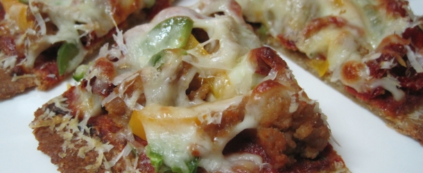 Vegetable and Chicken Sausage Pizza