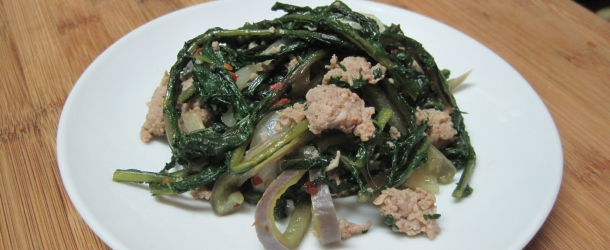 Sauteed Dandelion Greens With Sausage and Peppers
